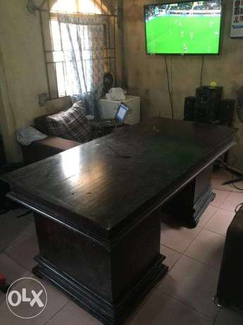 Big and Strong Conference Room Table with Drawers Lagos Mainland - image 2