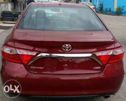 Very Clean Tokunbo Toyota Camry 2016/2017 in Lagos