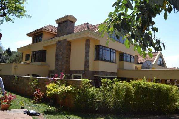 4 Town hses for sale Lavington Kitisuru - image 1