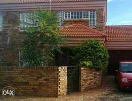 2 Bedroom fully furnished duplex townhouse to share