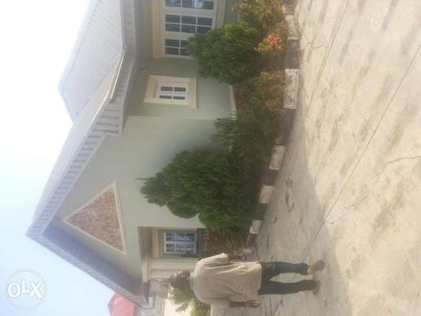 Very super 3bed room bungalow at g r a with all facilities Osogbo - image 1