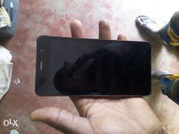 Infinix hot note wit little tiny crack
