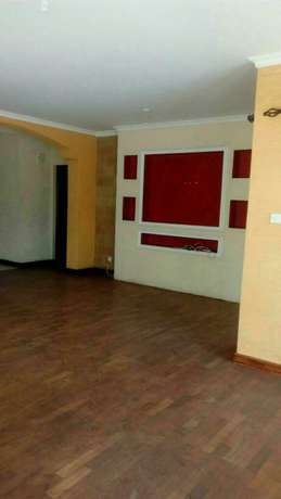 4 bedroom town house to let in Adams Arcade Nairobi CBD - image 6