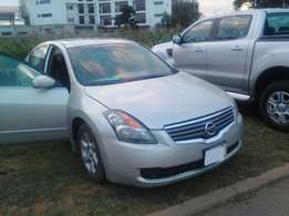 Nissan altima 2009 fresh first body full option.