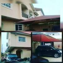 4 bedroom wing of semi detached duplex,