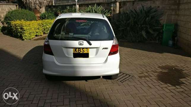 Honda fit used by Indian banker for Sale Westlands - image 2
