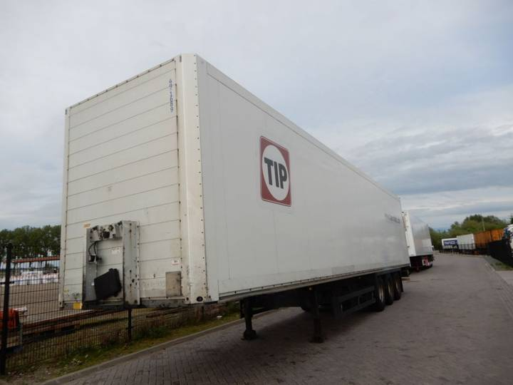 Schmitz Cargobull SKO 24 BOX / SAF axles - 2008