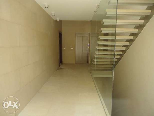 A-2698: Super Deluxe Apartment in Broumanna for sale 185m2