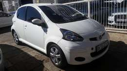 2011 toyota aygo for sale