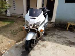Superbike, Best deal available