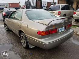 Toyota Camry LE (Buy nd Drive)