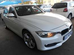 2012 BMW 3 series 320i For R208000.