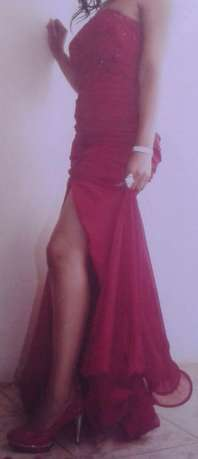 Matric ball dress for hire Mitchell's Plain - image 2