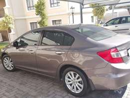 75Clean Honda Civic 2010