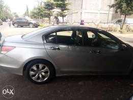 Imported never been driven outside Abuja, 2008 Honda Accord.