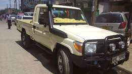 A very clean 2010 lady own local assembley toyota landcruiser for sale