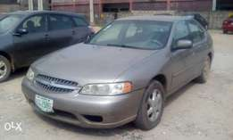 Nissan Altima Year 2000