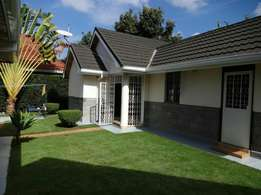 In runda estate now letting Beautifully furnished garden cottage