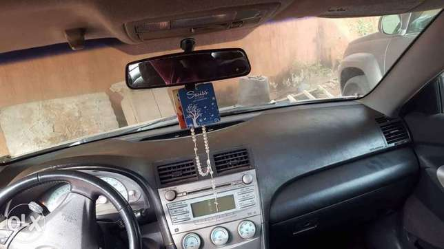 Clean carefully used Toyota Camry 2008 model Onitsha South - image 6
