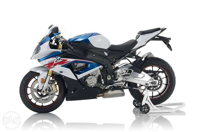 BMW Motorrad service and reprogramming