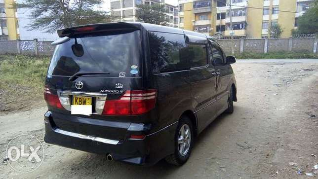 Toyota Alphard, Year 2006, KBW, 2400cc, Sheer Luxury Van Nairobi West - image 4