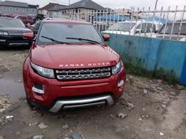 A clean tokunbo rang over jeep for sale, 2012 full optios.