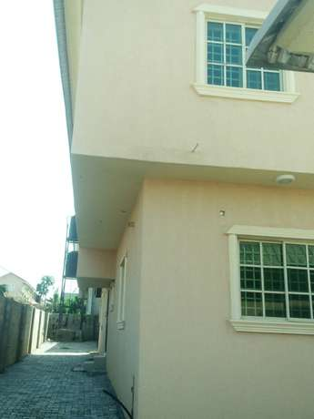 A decent and z4bedroom duplex for rent near Sunnyvale Dakwo - image 2