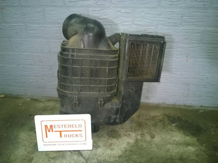 Iveco Luchtfilter air filter for  Eurocargo 120E22 truck - 2008