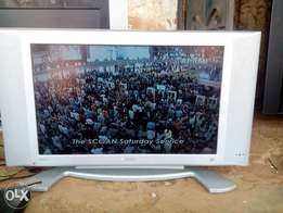 27 Inches Original Philips LCD TV direct from Alaba