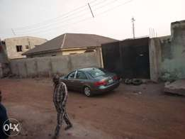 Building outright for sale at airport area, ilorin Kwara state