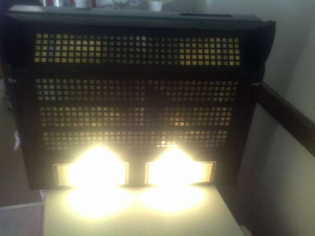 Indesit extractor fan and stove top Langenhovenpark - image 2