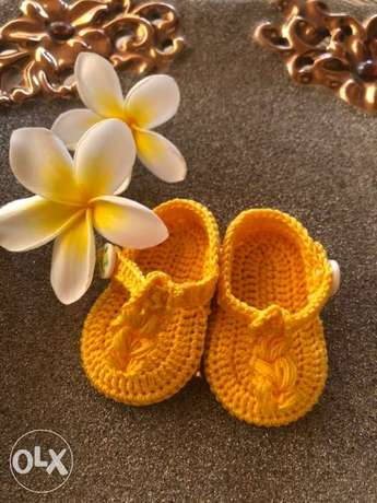 Sandals knitted