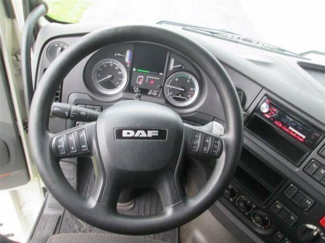 DAF XF460 4X2 EURO 6 NL REGISTRATION - 2016 - image 12