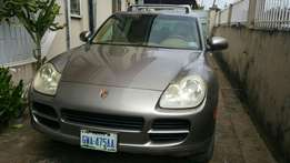 Porsche Cayenne 2006 (Bronze). Great Deal! Very clean