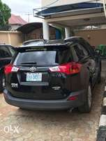 A super clean used rav4 2015 for 6.5m