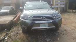 Few Month's Toyota Highlander FULL OPTION (2008/09) #AWOOFAmotors