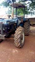 Tractor newHolland 6640 4wd