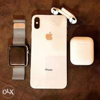 iPhone X, Airpods and Apple Watch Series 3