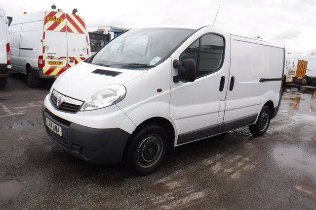 Sale vivaro 2700 2.0cdti 90ps closed box truck for  by auction - 2014