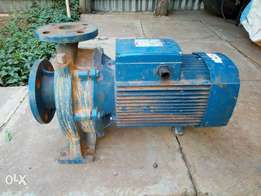 Water pump for building