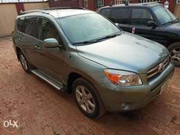 Extremely clean 2008 Rav 4 Limited Edition