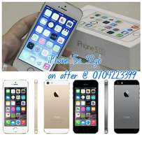 New Apple Iphone 5s 32gb gold silver on offer