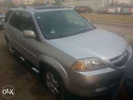 One year used acura mdx 2006 fuloption tincan cleared