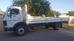 8 ton Mercedes truck for sale