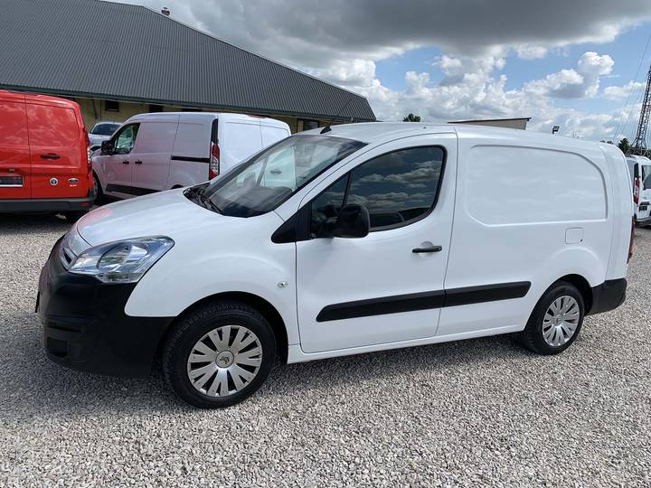 Citroën Berlingo 1.6HDI 100PS L2 Autom.Navi Net 7999 - 2016