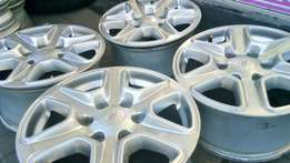 Ford Bakkie Mag rims with tyres