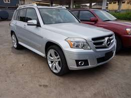 Fresh Silver Tokunbo Mercedes-Benz GLK350 for sale