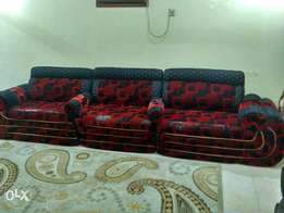 1 complete sofa set for upto 13 users