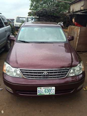 Super clean Nigeria used Toyota Avalon 2004 model. Agege - image 1