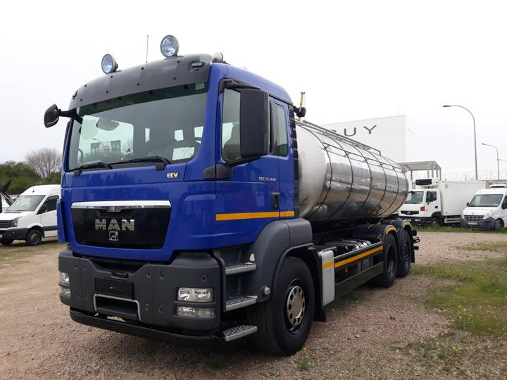Transport MAN CISTERNA 26.440 - 2012